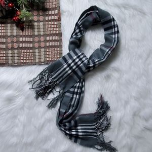 Scarf Wrap Gray, Black and Burgundy Color